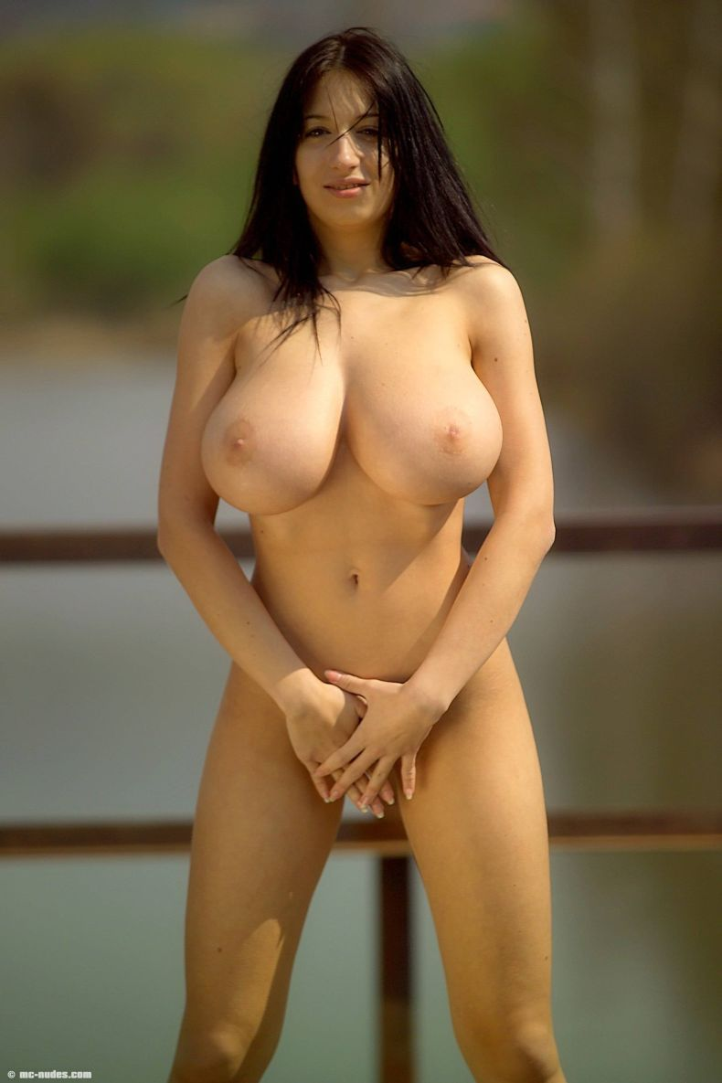 legal-natural-naked-busty-women-for