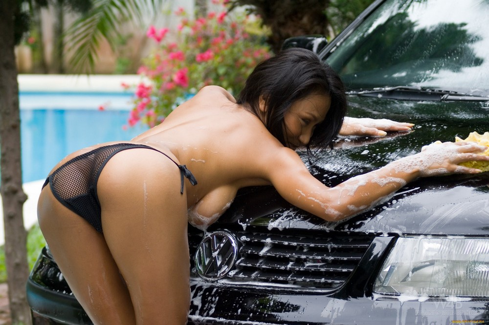 naked-girls-washing-cars-girl-locker-rooms-porn